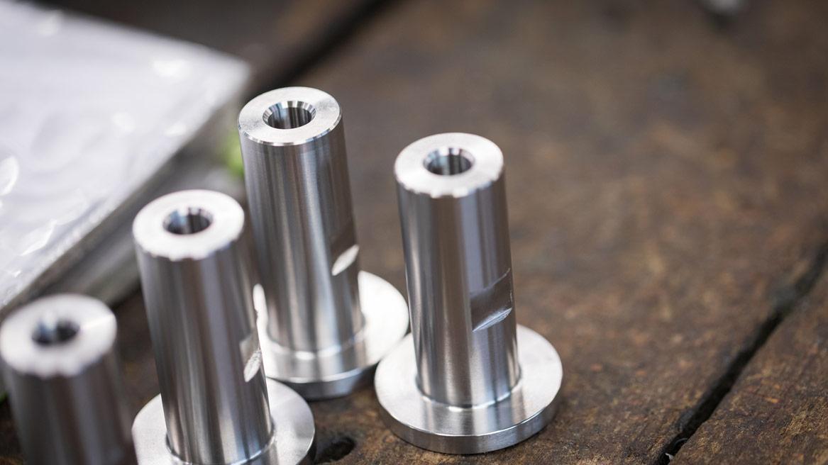 T-MECA_fabrication-piece-petite-serie1