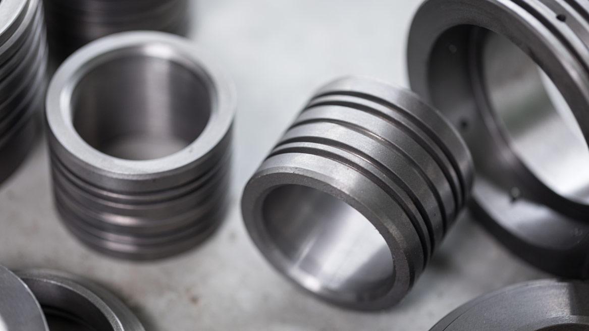 T-MECA_fabrication-pieces-en-serie2